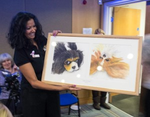 Tania receives her picture at Health Seminar 2014
